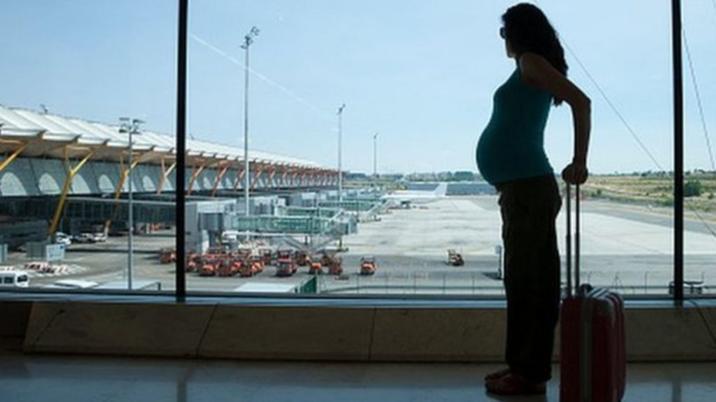 Pregnant travellers offered new flight advice - BBC News