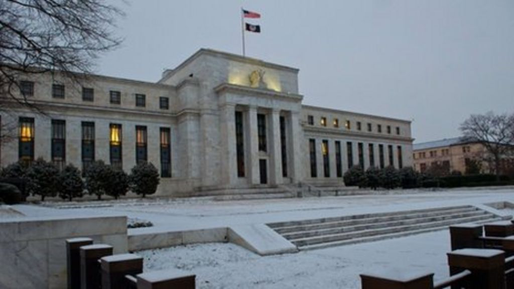 US Federal Reserve 'unlikely' to raise rates soon - BBC News