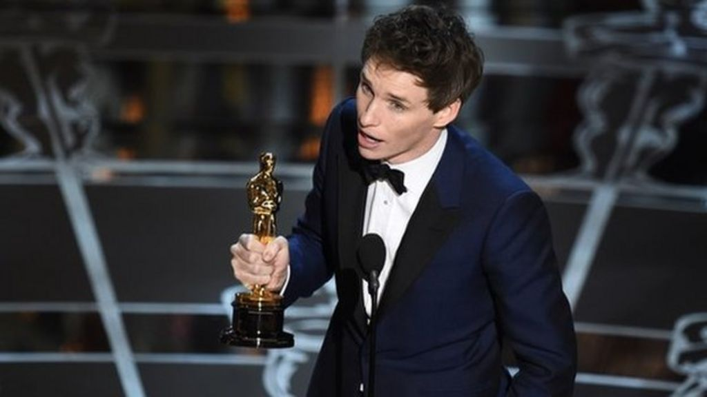Oscars 2015: Eddie Redmayne wins best actor - BBC News