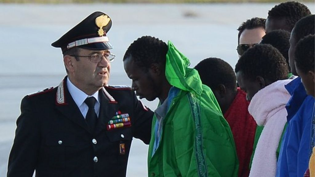 EU steps up war on people-traffickers in Mediterranean - BBC News