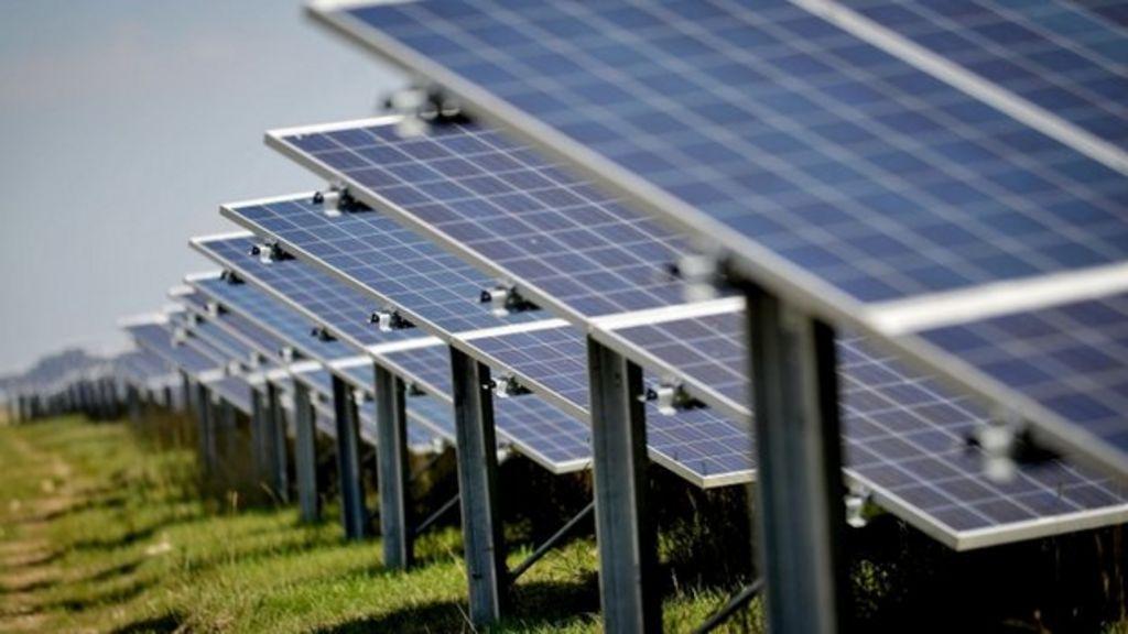 Small scale solar energy subsidies set to end - BBC News