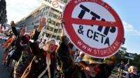 Anti-TTIP march in Brussels, 20 Sep 16