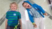 Children at Tower Bridge