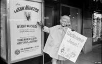 Jean Nidetch promotes her book in New York in the 60s