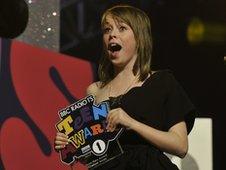 Chelsea, 15, collecting her award