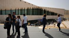 Journalists visit the new Palestinian Museum in Birzeit (17 May 2016)