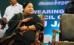 Jayalalitha: New Tamil Nadu chief minister curbs alcohol sale