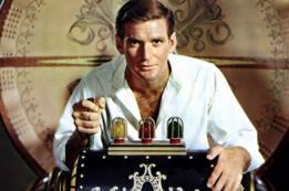 El actor australiano Rod Taylor como el viajero de H George Wells en la película de 1960.