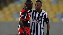 Vinicius Junior junto a Robinho