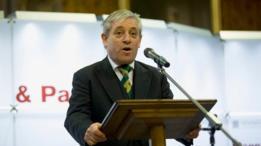 انتقادات لرئيس مجلس العموم البريطاني لرفضه إلقاء ترامب كلمة في البرلمان
