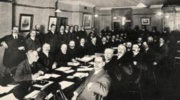 la International Football Association Board reunida en 1906