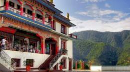 الراهبات في نيبال