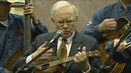 Warren Buffett playing in a band