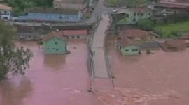 Submerged road