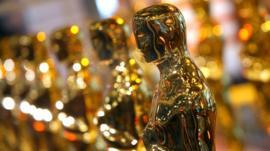 An Oscar trophy