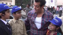 Pakistani kids meet Bollywood star