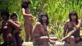 Members of Mashco-Piro tribe
