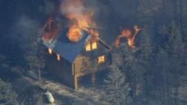 Wildfire spreads in Utah