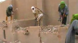 Islamist militants destroying ancient tombs in Mali