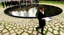 Germany Inaugurates Roma Holocaust Memorial