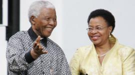 Nelson Mandela and wife Graca Machel of Mozambique