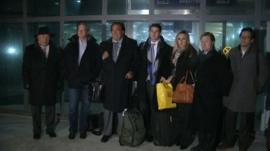 Eric Schmidt (2nd left) and Bill Richardson (3rd left) after arriving in North Korea