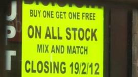 'Closing' shop sign