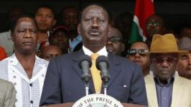 Raila Odinga speaks to reporters in Nairobi (16 March 2013)
