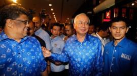 Malaysia's Prime Minister Najib Razak (second right) in Kuala Lumpur, Malaysia, 5 May 2013