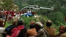 Aid helicopter rescue, Badrinath
