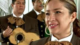 Isabel Aguilera, mariachi