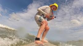 Surfing ukulele player Zip Pain