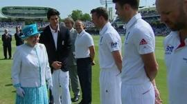 The Queen visits Lords and meets players