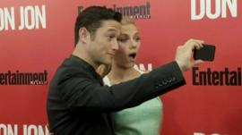 Joseph Gordon-Levitt and Scarlett Johansson