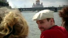 Edward Snowden apparently shown on a Moscow river cruise, in a picture on a Russia website