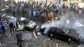 Crowds at blast scene near Iranian embassy, Beirut (19 November)