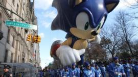 The Sonic the Hedgehog balloon