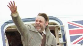Terry Waite arrives back from Lebanon after being held hostage