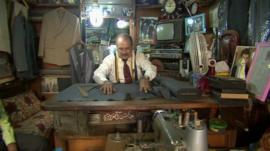 Abbas al Azzawi in his shop