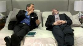 Sleep Number's Pete Bils takes the BBC's Dave Lee to bed