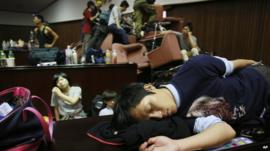 Protestors in occupying Taiwan parliament
