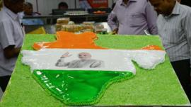 Cake with a picture of India candidate Narendra Modi