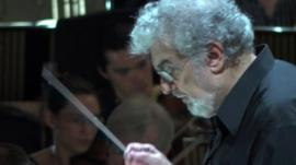Placido Domingo in rehearsal
