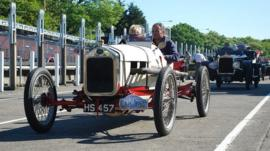 Vintage cars return 100 years on