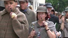 Sherlock Holmes fans have gathered to attempt a world record