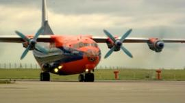 Plane carrying aid for Iraq leaves east Midlands Airport