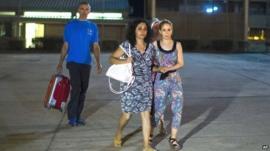 Brett and Naghemeh King leave prison in Madrid, Spain, on 2 September 2014