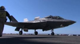 Dave Lee tries out the F-35 fighter jet simulator