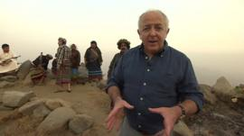 Jeremy Bowen at border between Saudi Arabia and Yemen