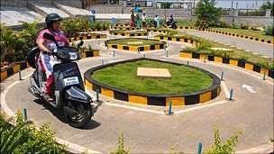 Testes de motorista foram automatizados na Índia